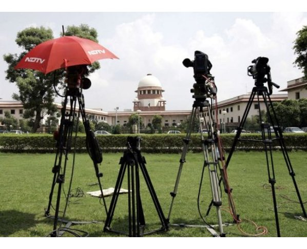 "India's Supreme Court has called for authorities to act after a spate of so-called ""honour killings"""