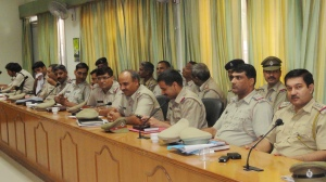 THE GURGAON POLICE ON THE OCASSION OF CHILDLINE SE DOSTI CAMPAIGN